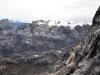 Widok z grani Carstensza na jeden z ostatnich lodowców w Górach Śnieżnych, 4 V 2011