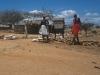Biblioteka publiczna w wiosce plemienia Samburu, Kenia II 2002